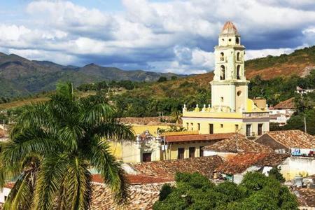 21-Day Cuba Adventure: Havana - Cienfuegos - Camaguey
