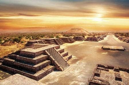 9-Hour Teotihuacan and Guadalupe Shrine Tour
