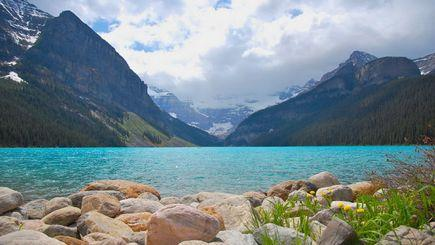 3-Day Canadian Rocky Mountain Summer Tour Package (With Airport Transfers)