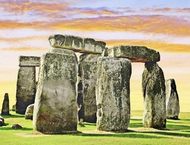 Stonehenge, Lacock and Bath Tour