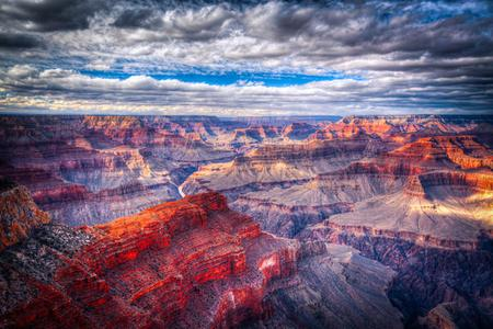 1-Day Grand Canyon West Bus Tour With Skywalk and Hoover Dam