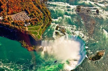9-Day East Coast & Miami Deluxe Tour: New York, Philadelphia Washington D.C., Corning and Niagara Falls from Miami