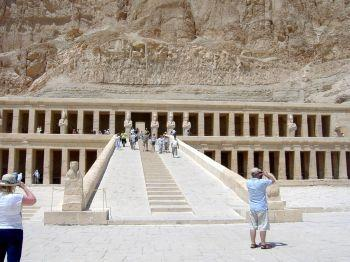 Luxor to Aswan 3-Night Nile Cruise from Hurghada