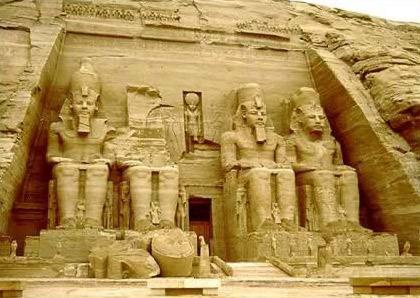 Temples of Abu Simbel: Day Trip Flight from Aswan