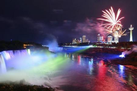 7-Day U.S. & Canada Bus Tour: Niagara Falls, New York City, Philadelphia, Washington D.C., Toronto