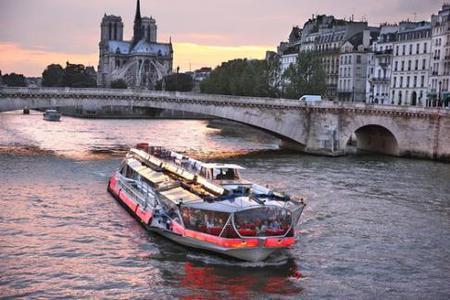 Bateaux Mouches - Cruises