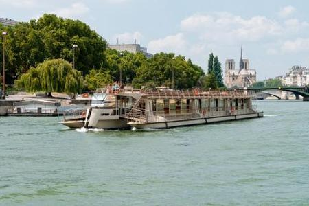 Bateaux Parisiens Sightseeing Cruise