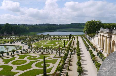 VIP Versailles Tour with Private guide and Driver