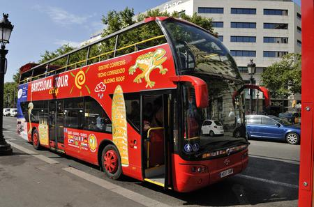 Barcelona Hop-on Hop Off Tour: East to West Route