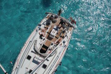 Private Luxury Sailing Cruise Around Isla Mujeres and Cancun