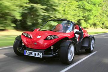 Moorea F16 Sport Roadster Rental