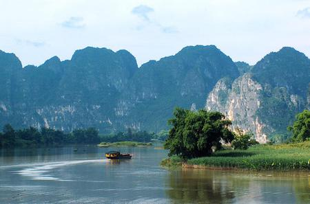 Coach Day Tour With Li River Cruise