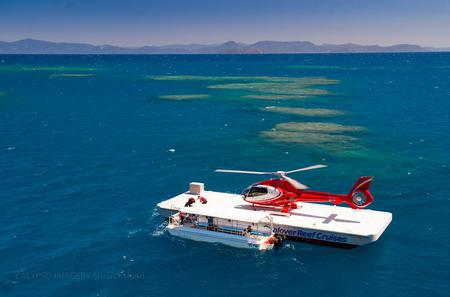 Great Barrier Reef Scenic Helicopter Flight to Moore Reef and Return Snorkeling Cruise from Cairns