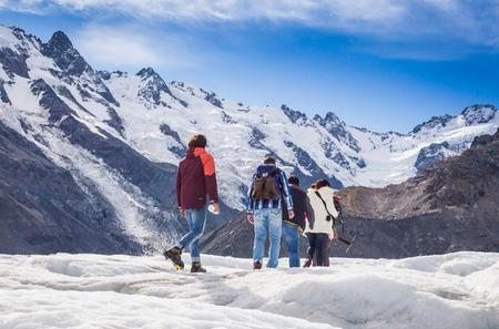Mt Cook Helicopter Flight and Tasman Glacier Walk