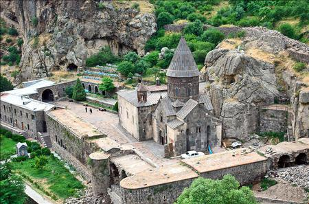 Small Group Day Trip from Yerevan to Garni Temple, Geghard Monastery and Baking Demonstration