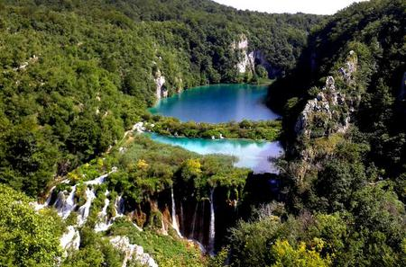 Hiking in Plitvice Lakes National Park: Full Day Private Tour from Zadar