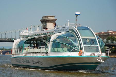 Duna Bella Cruise in Budapest