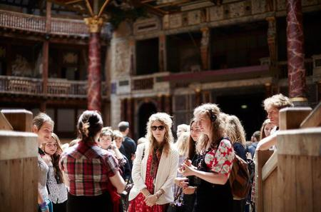 Shakespeare's Globe Exhibition and Tour with Thames River Cruise