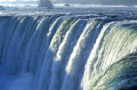 Niagara Falls Tour from Toronto Including Wine Tasting