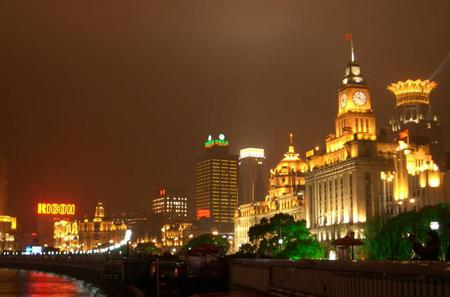 3-Hour Private Shanghai Night Walking Tour Include Oriental Pearl Tower And The Bund