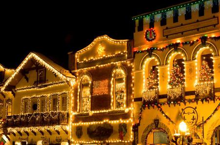 Leavenworth Christmas Tour from Seattle