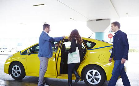 Athens: Private Airport Taxi Transfer to City Center