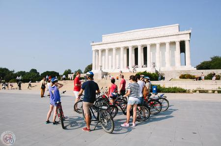 Bike Tour of DC Monuments and Arlington Cemetery