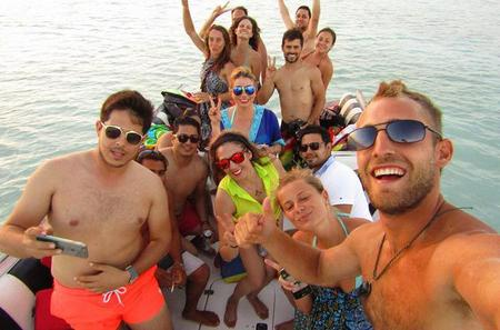 Bacalar Lagoon Sightseeing Boat Tour with Snorkeling