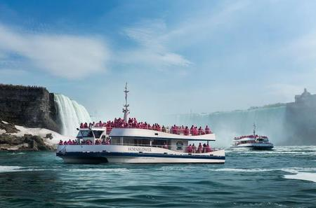 Canadian Side Sightseeing Tour of Niagara Falls