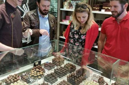 Small-Group Dessert Walking Tour in London