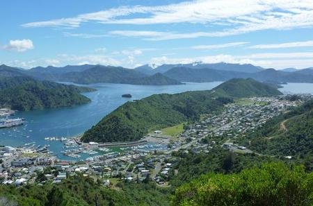 Full-Day Marlborough Scenic and Wine Tour from Picton