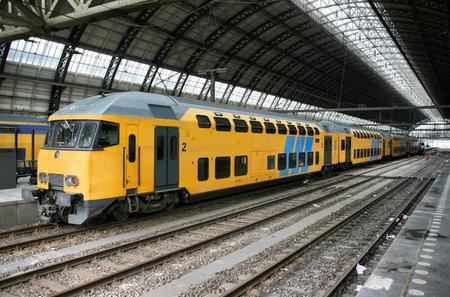 Private Arrival Transfer: Amsterdam Train Station