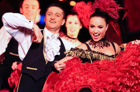 Viator Exclusive: Paradis Latin Cabaret with Exclusive VIP Seating, Dinner and Unlimited Champagne