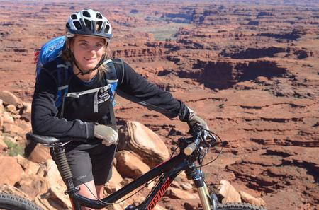 Guided Full-Day Mountain Bike Tour in Moab