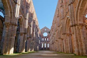 Small-Group San Galgano and Tuscan Myths Half Day Tour from Siena