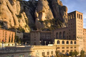 Barcelona Combo: Montserrat, Skip the Line La Pedrera Tickets and Medieval Monastery of Sant Benet with Lunch