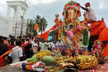 Experience the Ganesh Chaturthi Festival in Mumbai