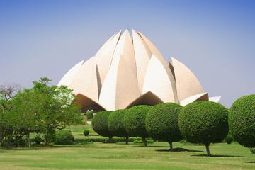 Delhi Morning Temple Tour: Kalkaji Temple, Lotus Temple and Iskcon Temple with Breakfast