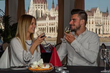 Budapest Combo: Private Entrance to Szechenyi Spa plus Danube Cruise