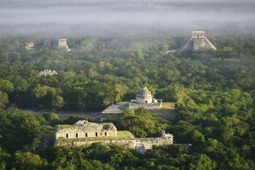 Open the Gate to Chichen Itza: Early Access Tour with Private Entrance