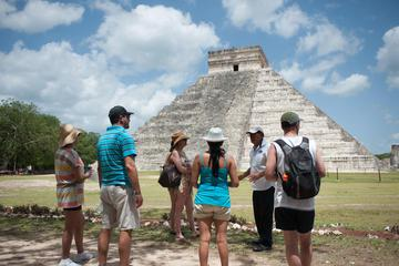 Private Chichen Itza Tour with Hospitality Suite Access