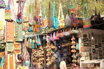 Private Tour: Experience Delhi's Bustling Markets