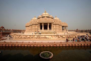 Private Tour: Akshardham Temple and Spiritual Sites of Central Delhi