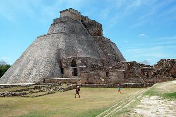 Uxmal and Kabah Early Access Tour from Merida