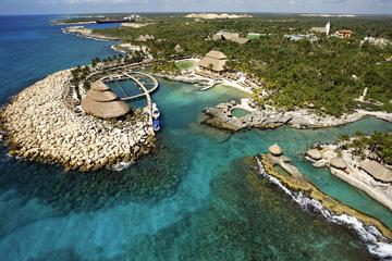 Cancun Super Saver: Isla Mujeres All-Inclusive Catamaran Plus Xcaret Park