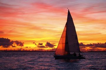 San Juan Small-Group Night Sail