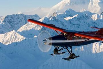 Mt McKinley Flightseeing Tour from Anchorage with Glacier Landing