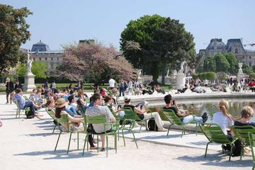 Paris Full-Day Tour : Become a Parisian for a Day