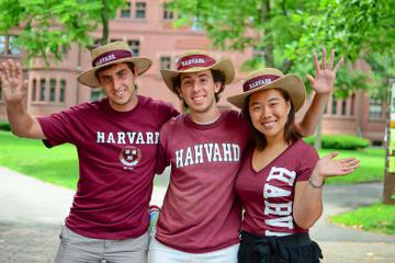 Harvard Campus Walking Tour and Admission to Natural History Museum