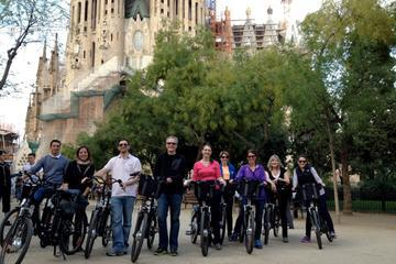 Barcelona Electric Bike Tour Including La Sagrada Familia